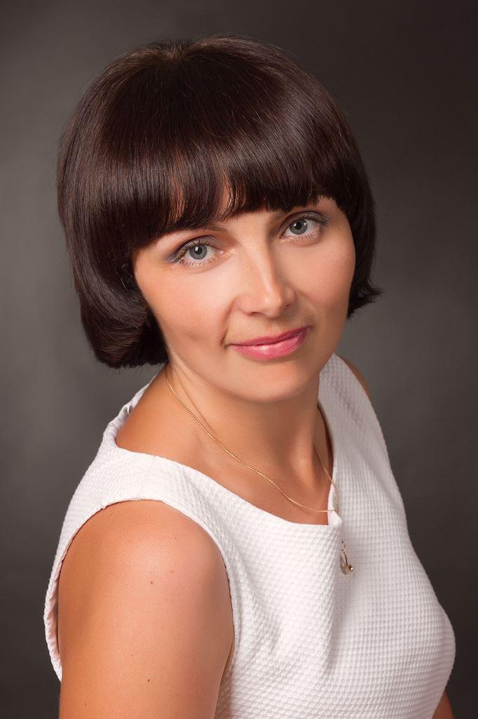 Бутрин Ольга Богданівна - вчитль фізики