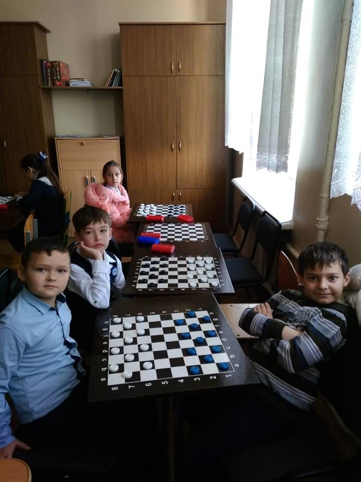 Турнір з гри «Шашки» між учнями 3 - 4 класів