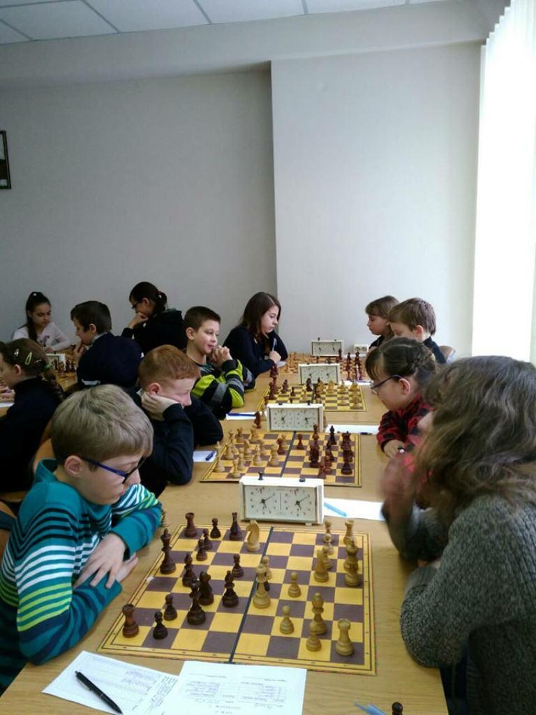 Вітаємо переможців обласних змагань з шахів