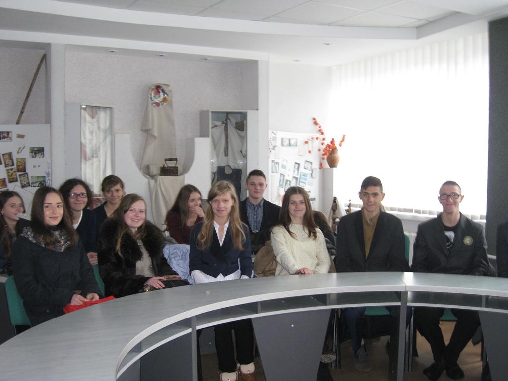 Екскурсія 11-ЛФ класу на кафедру журналістики філологічного факультету ТНПУ ім. В.Гнатюка