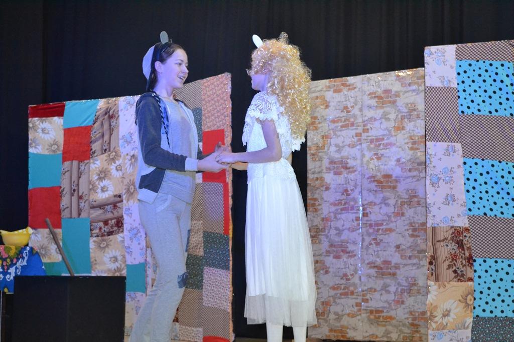 Фестиваль-конкурс дитячих театральних колективів «Крила»