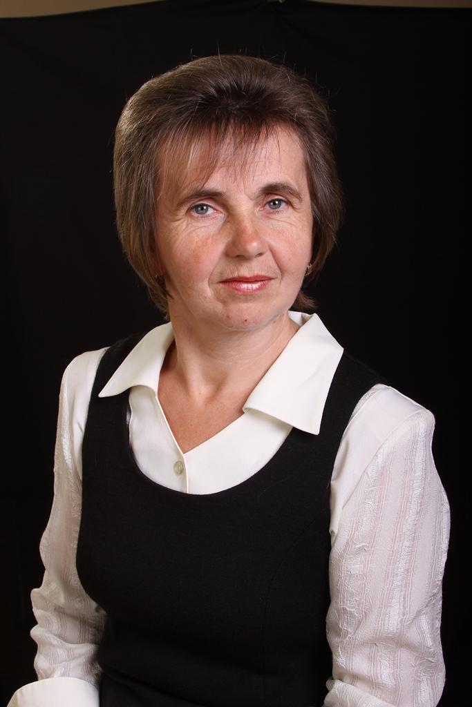 Яремчук Ганна Семенівна - вчитель трудового навчання